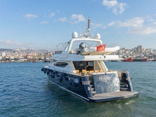 Motorboot Custom Build Luxury · 2009