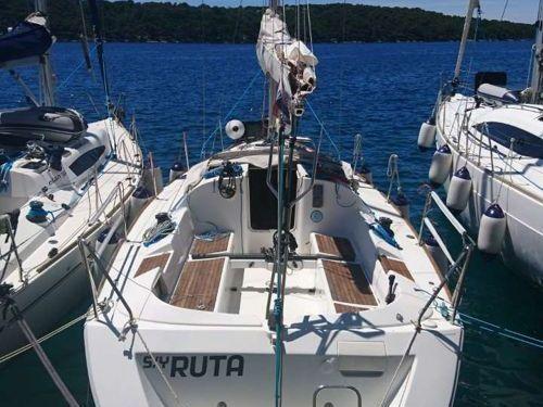 Sailboat Beneteau First 31.7 (2007)