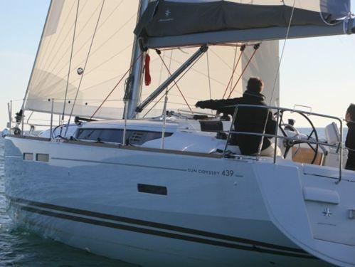 Barca a vela Jeanneau Sun Odyssey 439 · 2012