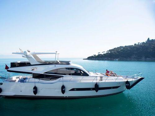 Motorboat Custom Build Luxury · 2015