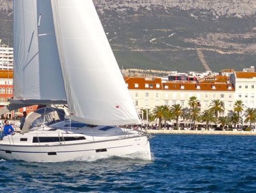 Barca a vela Bavaria Cruiser 37 (2020)