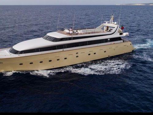 Motorboat Mondomarine 40 · 2001