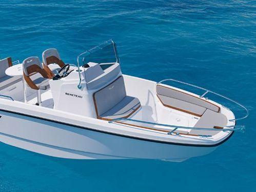 Sportboot Beneteau Flyer 6 Spacedeck (2020)