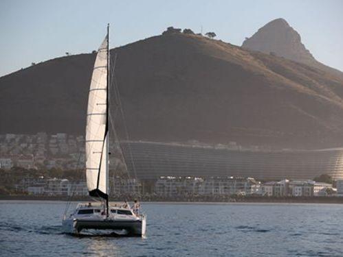 Catamarano Voyage 520 (2013)