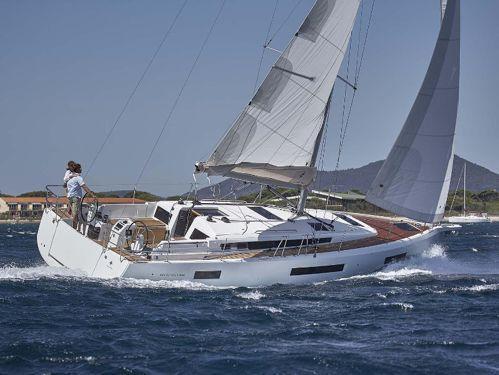 Sailboat Jeanneau Sun Odyssey 440 · 2020