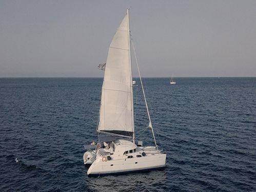 Catamaran Lagoon 380 · 2005