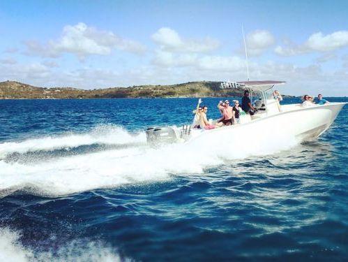 Speedboat cape horn 32 · 2015