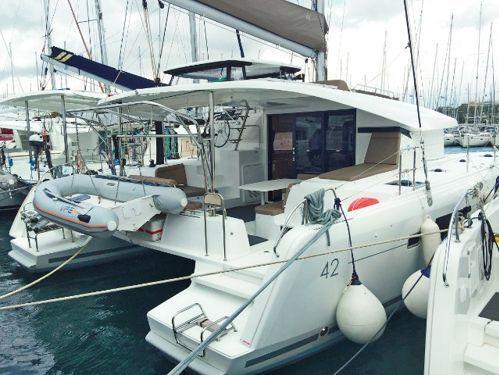 Catamarano Lagoon 42 · 2017