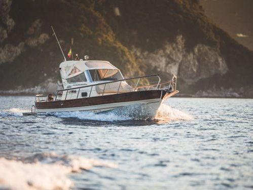 Imbarcazione a motore Fratelli Aprea Sorrento 7.50 Semi-Cabin · 2014