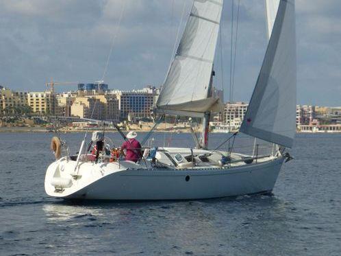 Sailboat Beneteau First 38S5 · 1995