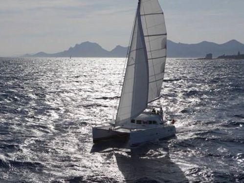 Catamaran Lagoon 380 S2 · 2004