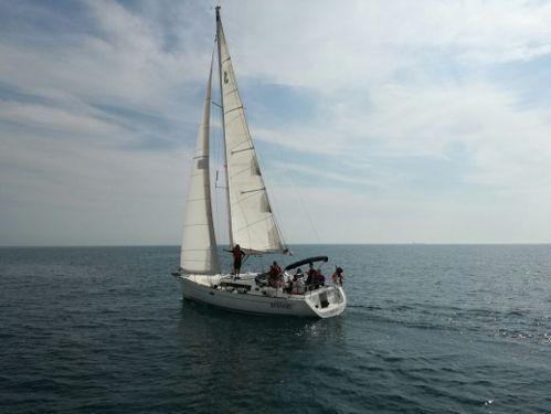 Zeilboot Beneteau Oceanis 37 · 2013