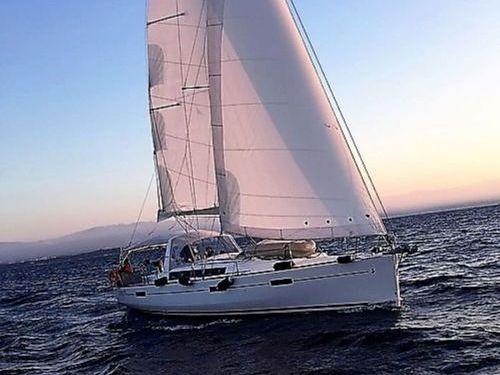 Zeilboot Beneteau Oceanis 45 · 2017