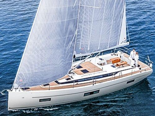 Sailboat Bavaria Cruiser 45 · 2019