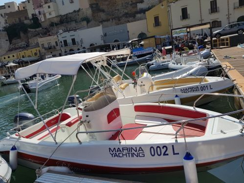Sportboot Blumax 19 Open · 2015