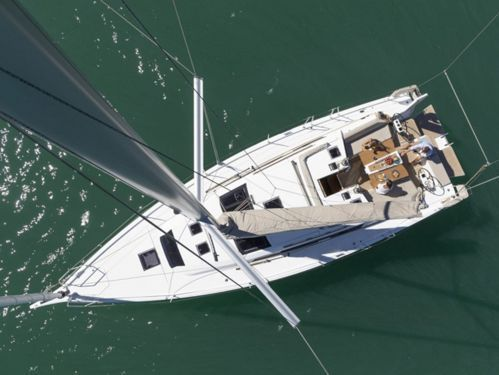 Sailboat Dufour 430 Grand Large · 2020