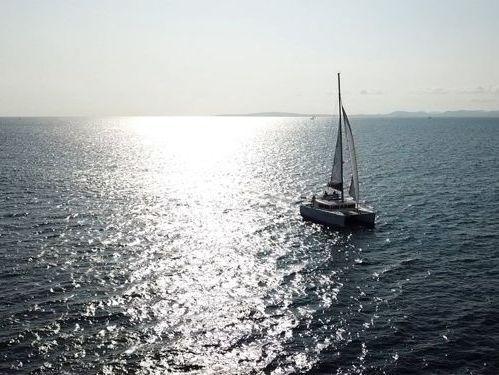 Catamarano Lagoon 450 F Luxury (2011)