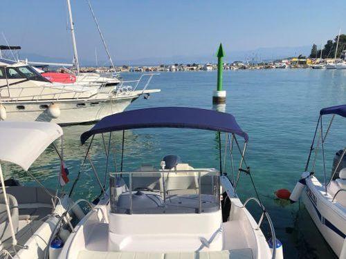 Imbarcazione a motore Elan 650 · 2018
