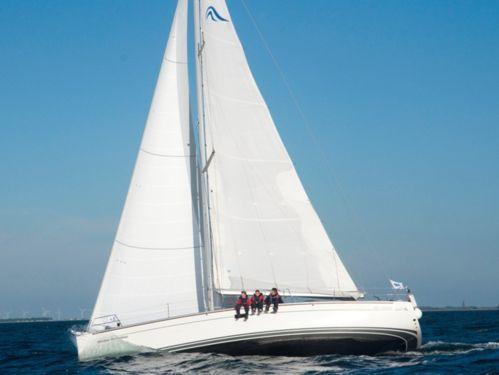 Sailboat Hanse 430e · 2007
