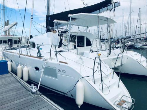 Catamaran Lagoon 380 · 2019