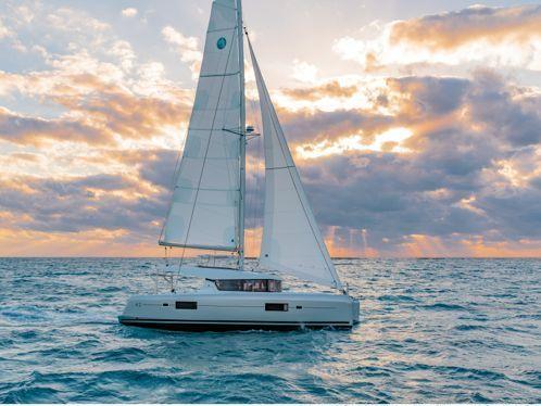 Catamarano Lagoon 42 · 2019