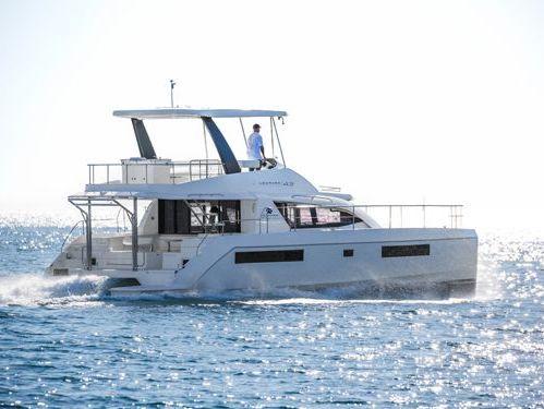 Catamarano a motore Leopard 434 PC · 2016