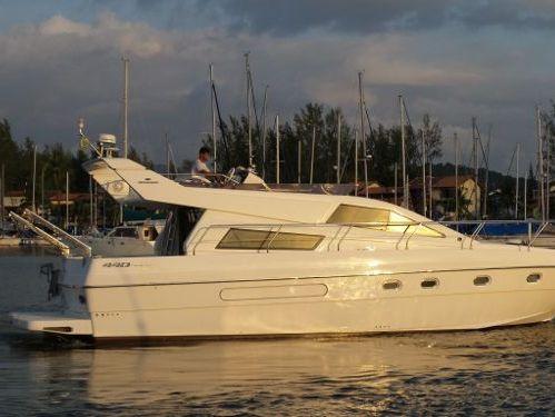 Motorboat Intermarine 440 Full Gold (2002)
