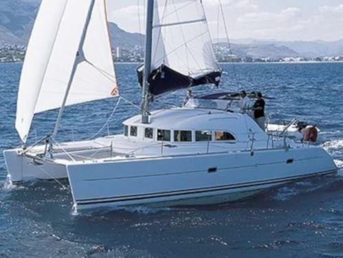 Catamaran Lagoon 380 · 2000