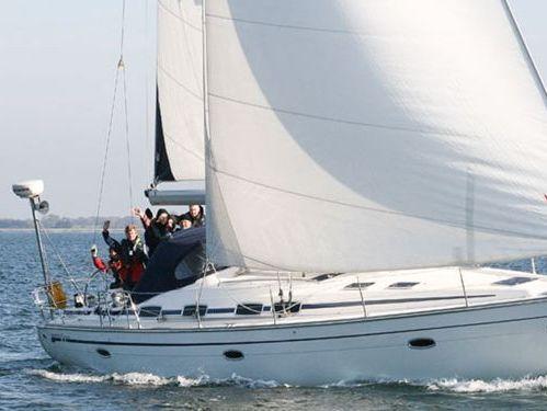 Sailboat Bavaria 46 · 2009
