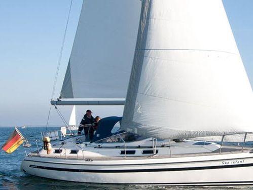 Sailboat Sunbeam 37 · 2006