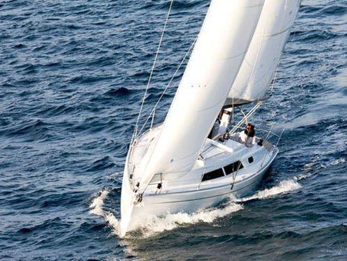 Sailboat Hanse 320 · 2009