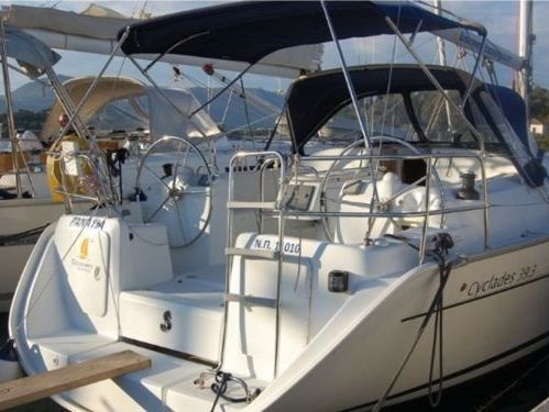 Barca a vela Beneteau Cyclades 393 · 2009