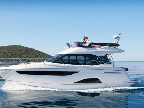 Imbarcazione a motore Bavaria R40 Fly · 2020
