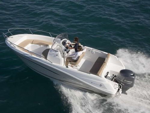 Imbarcazione a motore Cap Camarat 6.5 CC (2015)