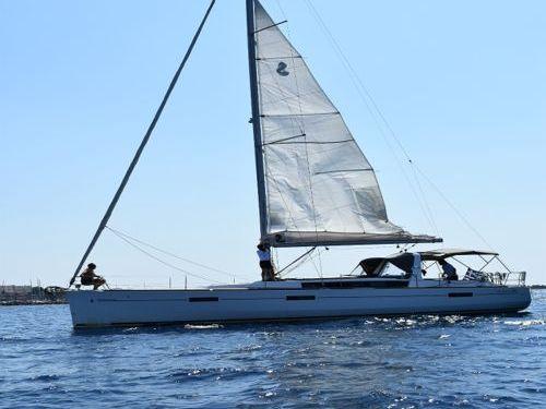 Barca a vela Beneteau Oceanis 45 (2018) · 2018