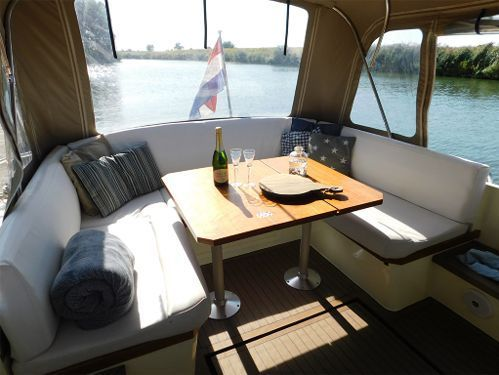 Motorboat Delos Cruiser 1100 · 2000