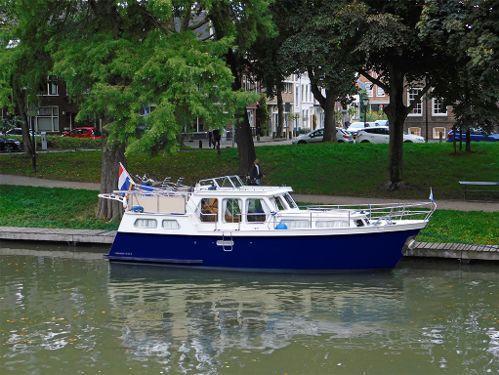 Motorboat Hollandia Cruiser 1050 S · 1997