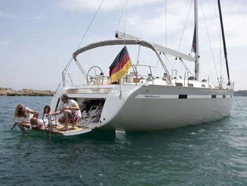 Sailboat Bavaria Cruiser 55 · 2011