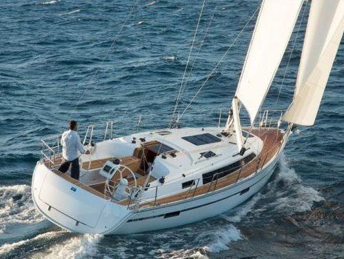 Sailboat Bavaria 37 · 2018