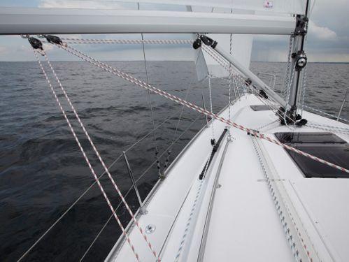 Sailboat Bavaria 34 (2018)