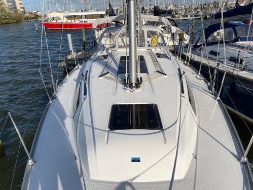 Sailboat Bavaria 37 (2019)