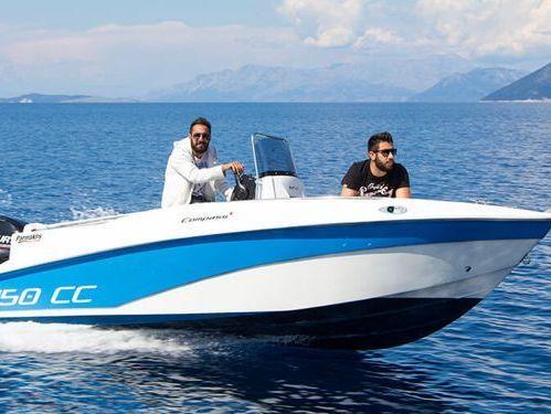 Imbarcazione a motore Compass 150cc (2015)
