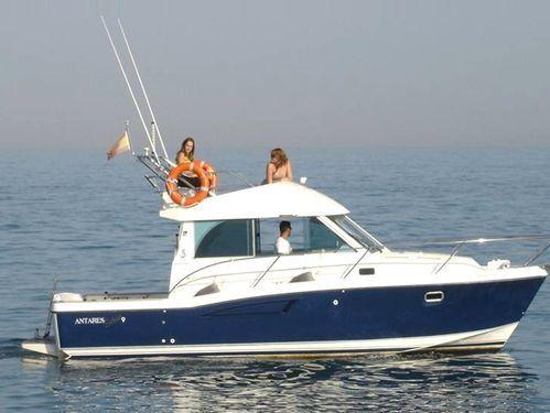 Imbarcazione a motore Beneteau Antares 9.5 · 2004