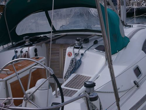 Sailboat Beneteau Oceanis 40 (2009)