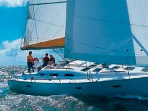Sailboat Beneteau Cyclades 393 · 2007