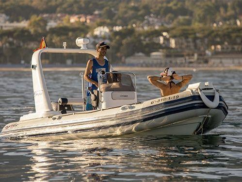 Motoscafo Astec Day Cruiser 530 · 2015