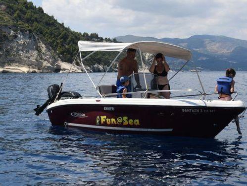 Speedboat Ranieri Poseidon Azzura 5m · 2015
