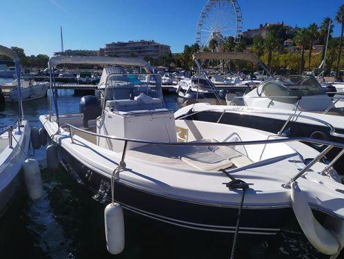 Sportboot White Shark 205 · 2002