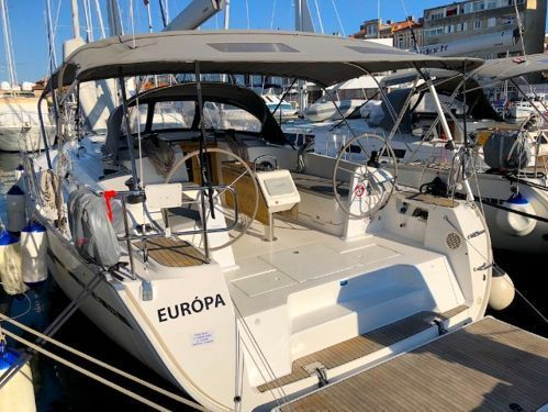 Sailboat Bavaria Cruiser 46 (2017)