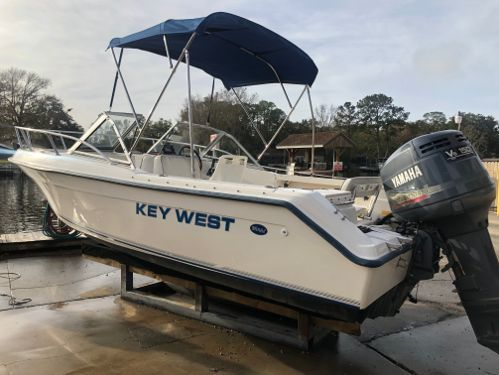 Speedboat Key West 2020 Dual Console · 2020
